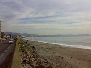 ハウスヤマダすぐ裏の浜辺